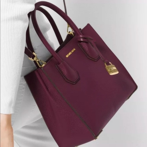 25dd18eb470130 Michael Kors Bags   Plum Mercer Handbag   Poshmark